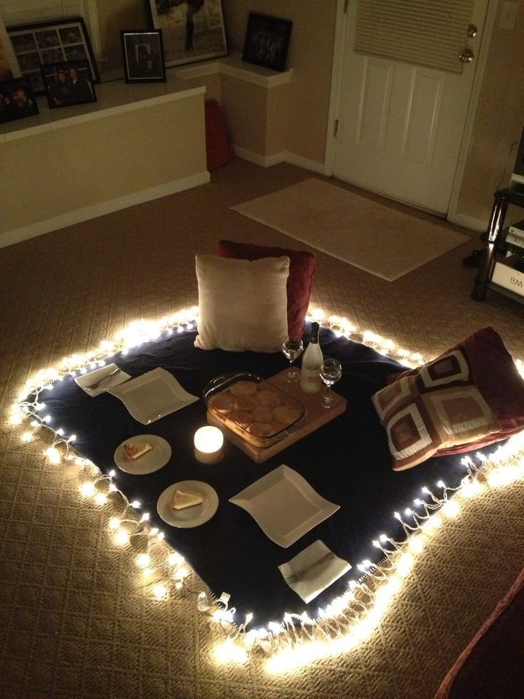 Best 25 Indoor Picnic Ideas On Pinterest Surprise With Pictures