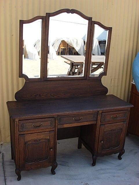 Best Country French Antique Vanity Dresser Antique Bedroom With Pictures