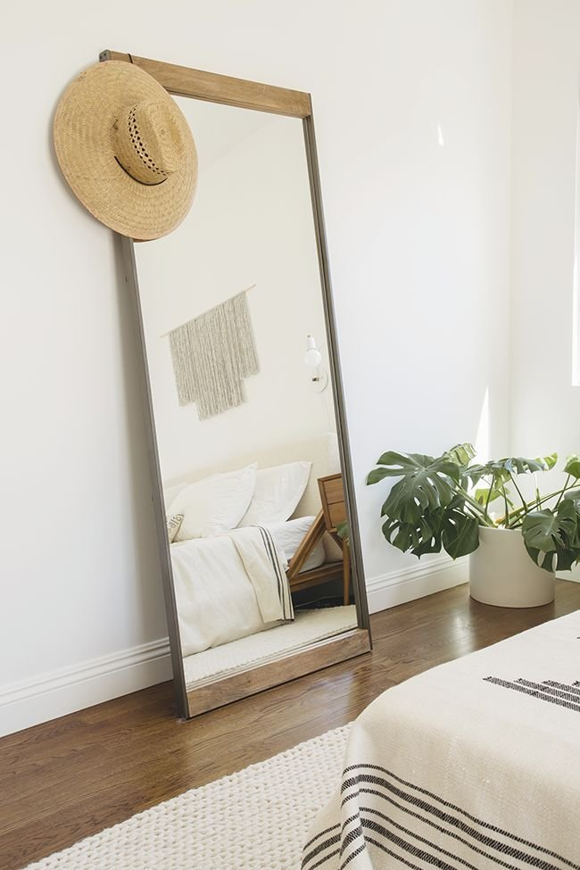 Best 25 Best Ideas About Leaning Mirror On Pinterest Floor Mirrors Large Standing Mirror And With Pictures