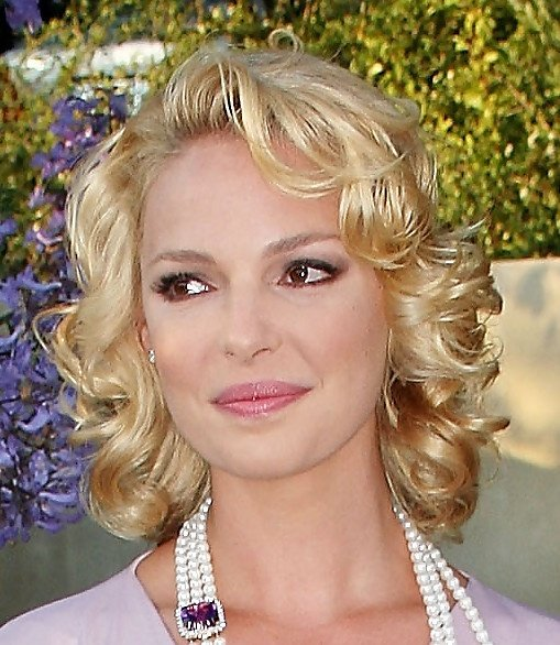 Free Katherine Heigl Short Curls Coupe Katherine Heigl And Curls Wallpaper