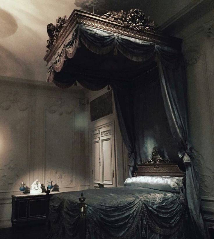 Best 1000 Ideas About Gothic Bedroom Decor On Pinterest Gothic Bedroom Gothic Chandelier And Red With Pictures