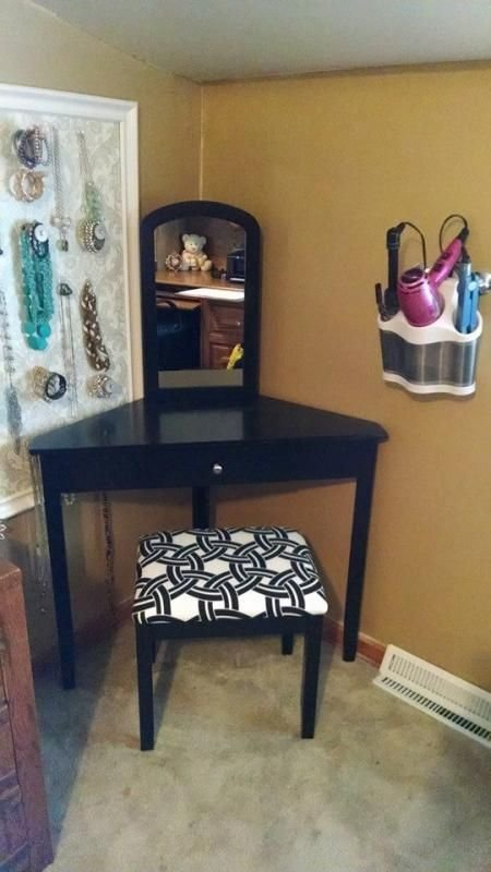 Best 25 Corner Vanity Ideas On Pinterest Corner Makeup With Pictures