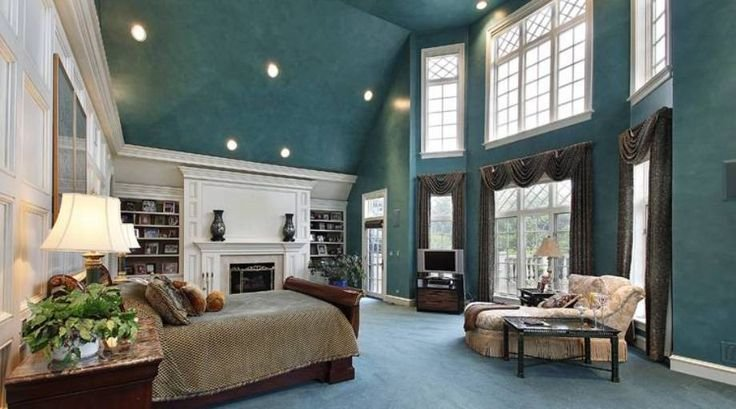 Best 10 Ideas About Large Bedroom Layout On Pinterest Decorating Large Walls Photo Walls And Home With Pictures