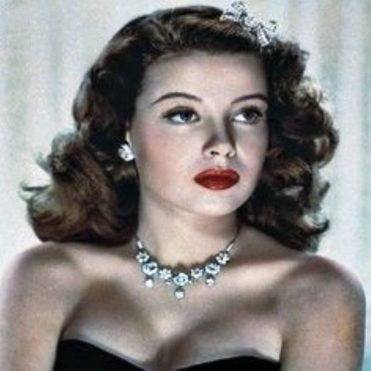 Free 25 Best Ideas About 1930S Hairstyles On Pinterest 1930S Wallpaper