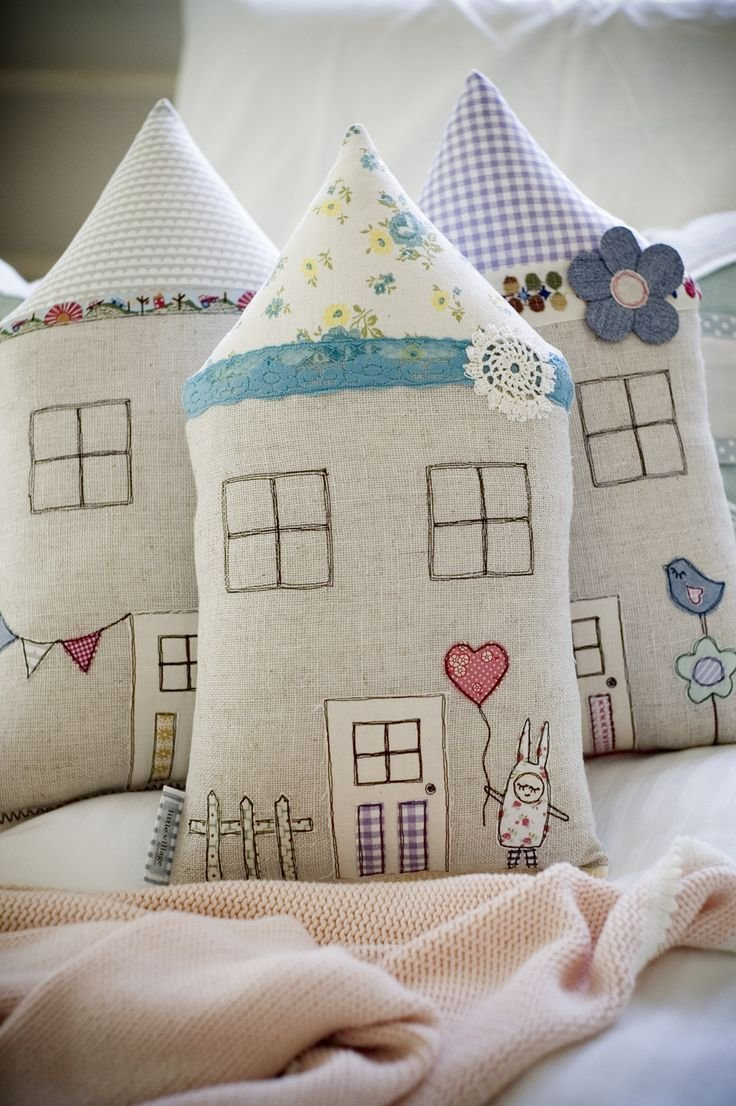 Best 20 Best Images About Cute Cushions For Girls Bedroom On With Pictures