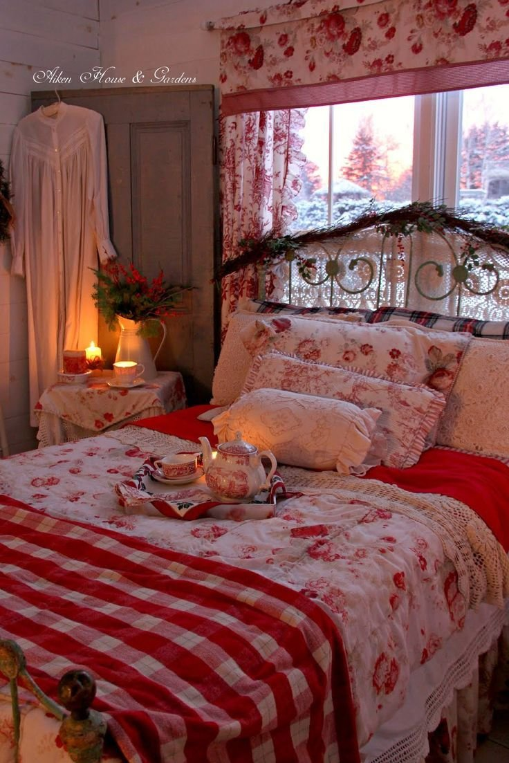 Best 25 Best Ideas About Romantic Country Bedrooms On With Pictures