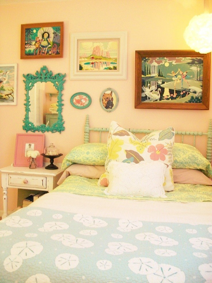 Best Vintage 1950S Inspired Pastel Bedroom With Paint By With Pictures