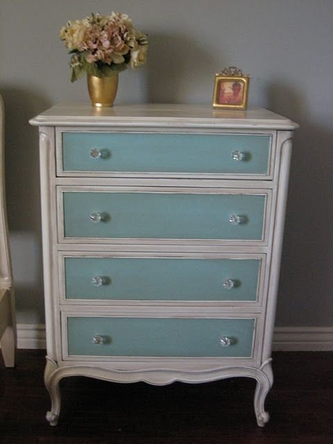 Best 1000 Ideas About Two Tone Paint On Pinterest Stained With Pictures