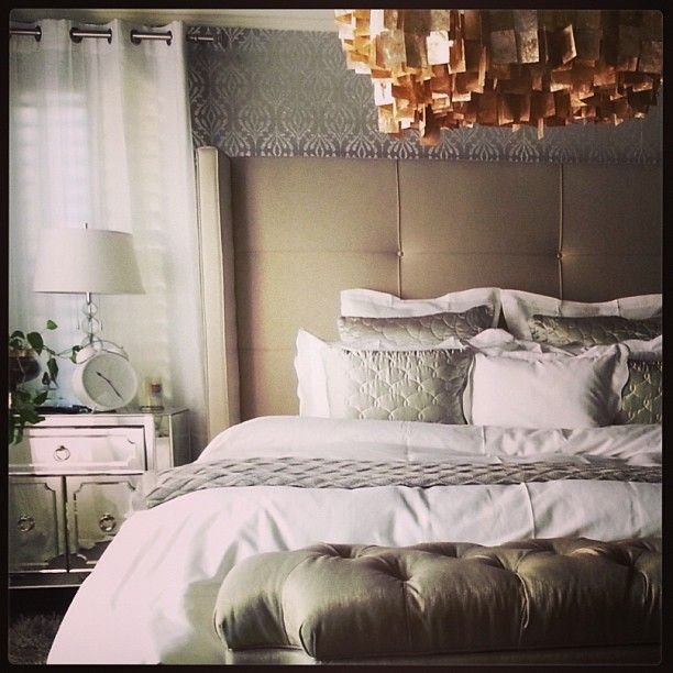 Best Chic Bedroom Using Z Gallerie S Nina Bed Simplicity With Pictures