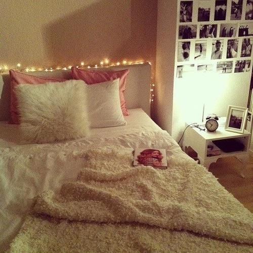 Best Simple T**N Girls Bedroom Pretty Fairy Lights Decorating T**N Girl Bedroom Ideas With Pictures