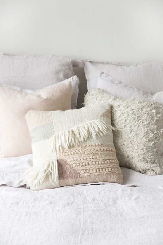 Best 25 Decorative Bed Pillows Ideas On Pinterest With Pictures
