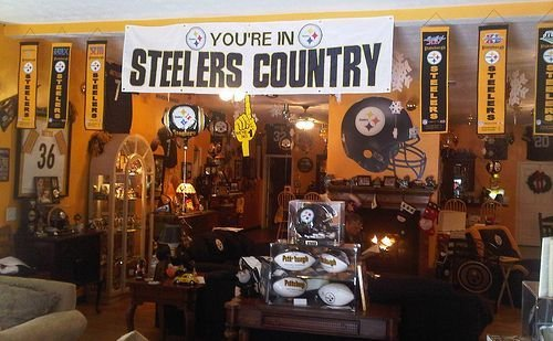 Best 38 Best Images About Pittsburgh Steelers Rooms Wo Man With Pictures