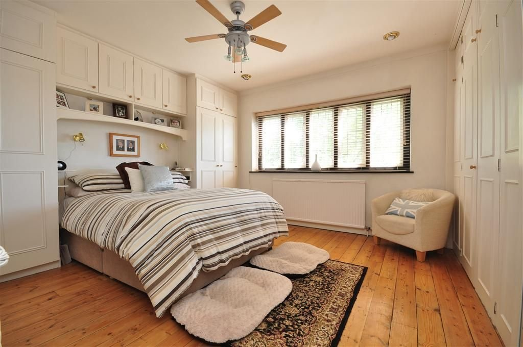 Best Built In Wardrobes Small Bedrooms Google Search Bedroom Pinterest Bedroom Blinds Blinds With Pictures