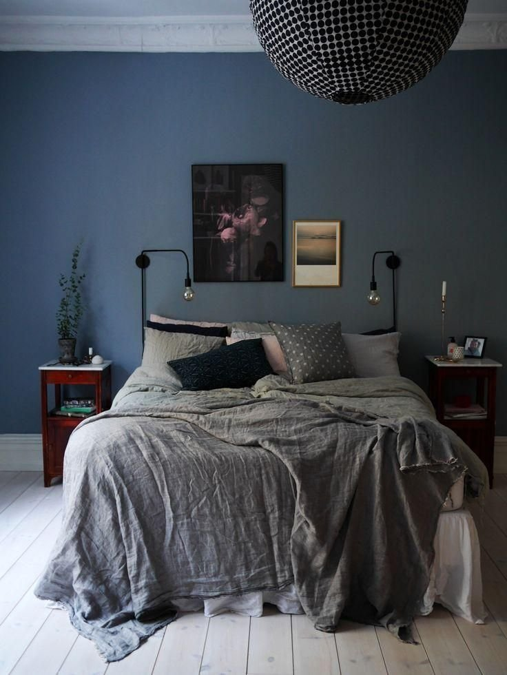 Best Dark And Moody Bedroom With Navy Blue Painted Walls Dark With Pictures