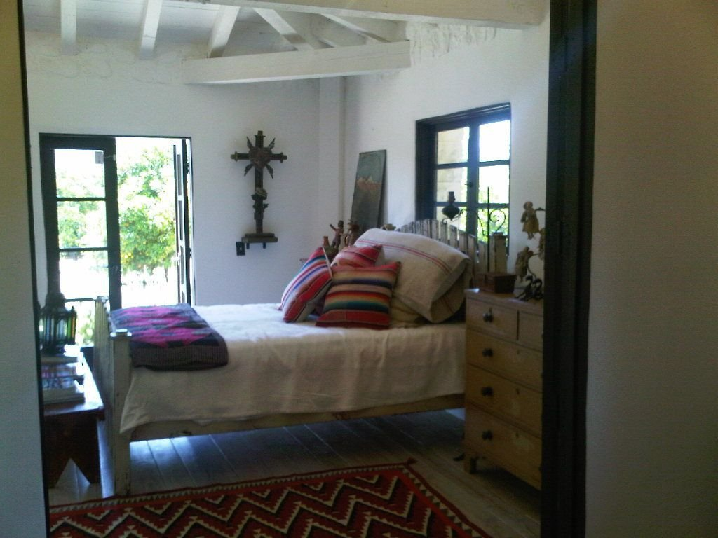 Best Spanish Revival Bedroom Note Rug Placement Minimal With Pictures