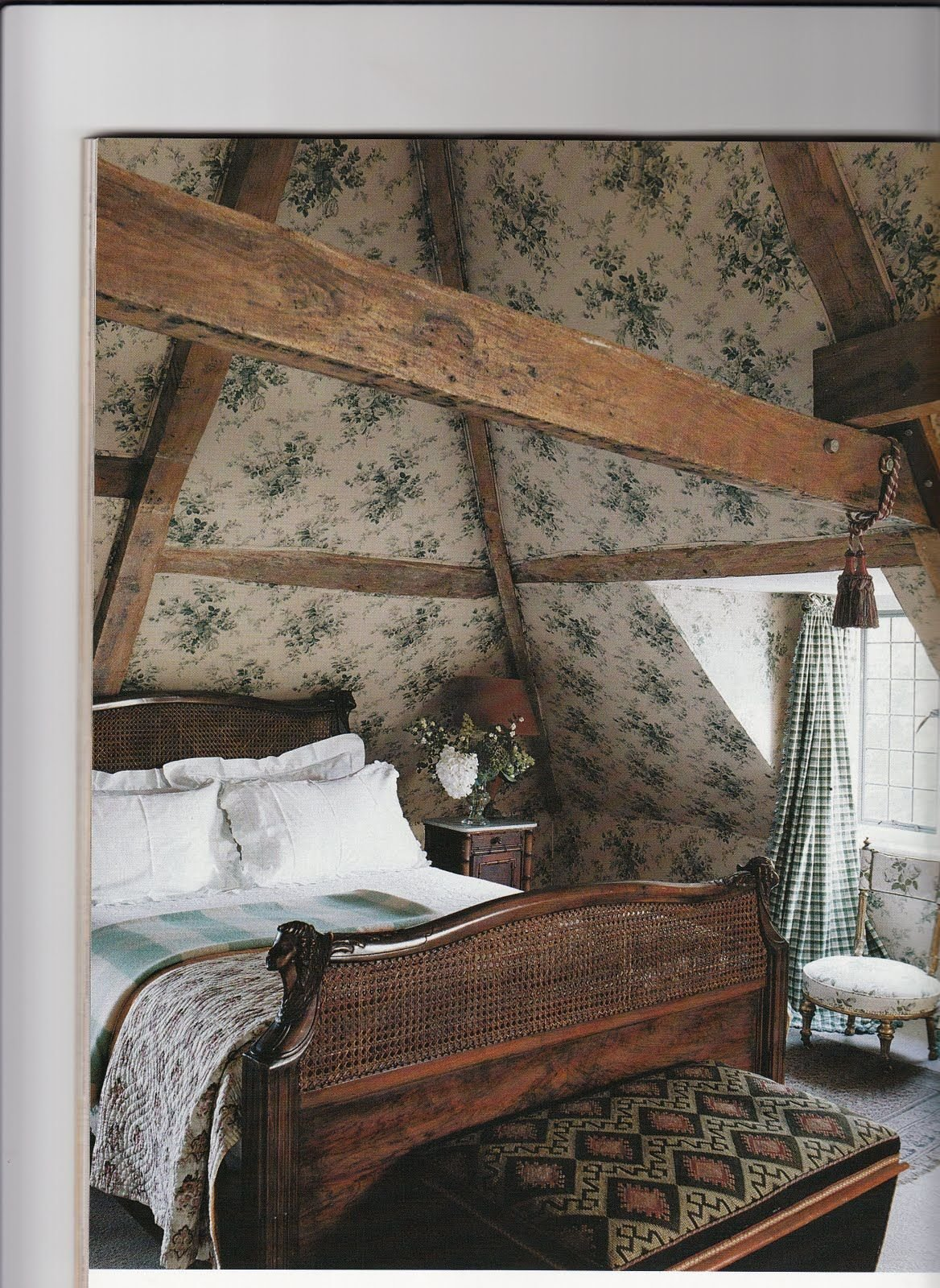 Best Cozy Attic Bedroom With Vintage Floral Wallpaper Walls With Pictures