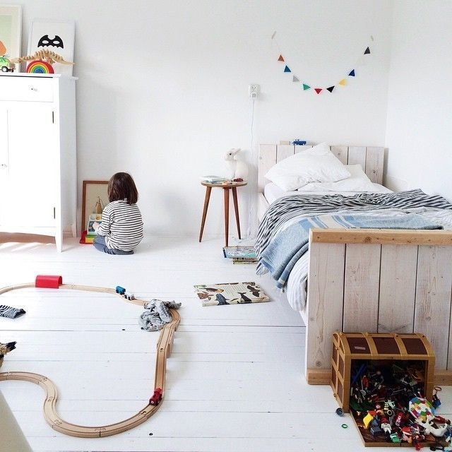 Best White Simple Beautiful Kid S Rooms Kids Rooms Wood With Pictures