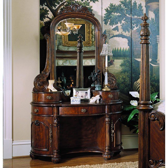 Best Edwardian Poster Bedroom Set By Pulaski Furniture With Pictures