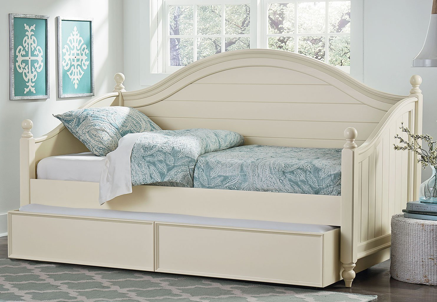Best Camellia Daybed Bedroom Set Marshmallow White Standard With Pictures