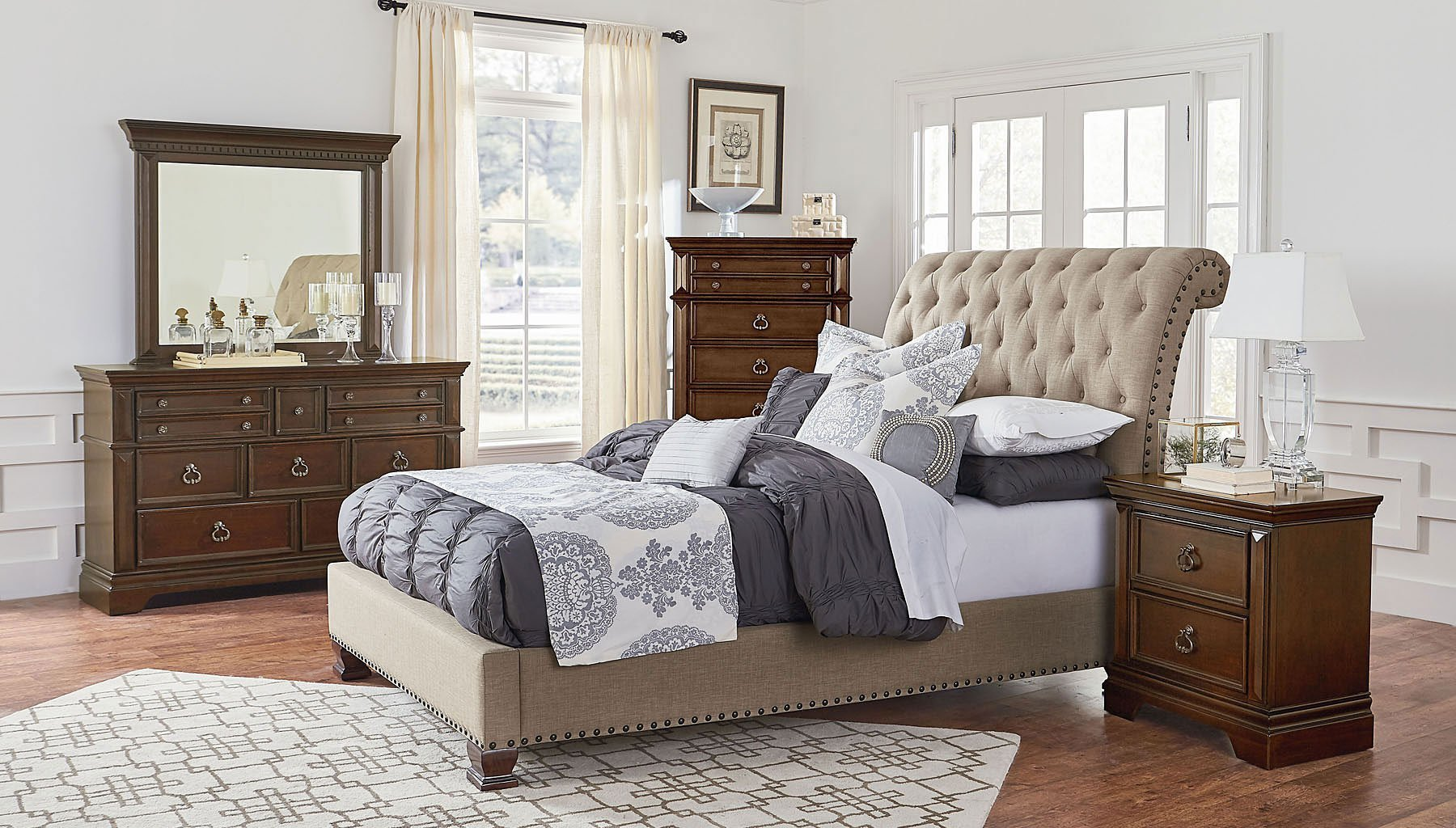 Best Charleston Upholstered Bedroom Set Standard Furniture With Pictures