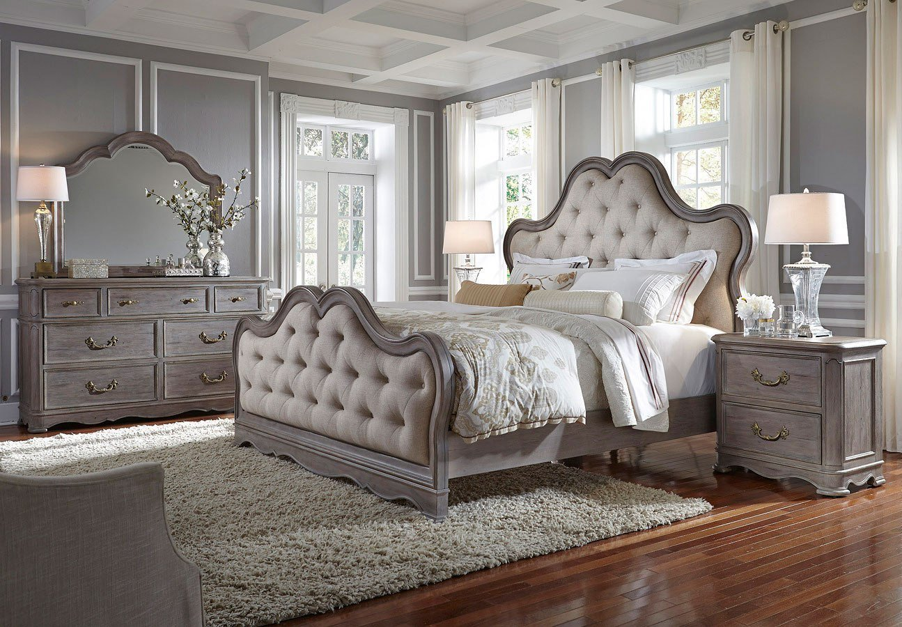 Best Simply Charming Upholstered Bedroom Set Pulaski Furniture With Pictures