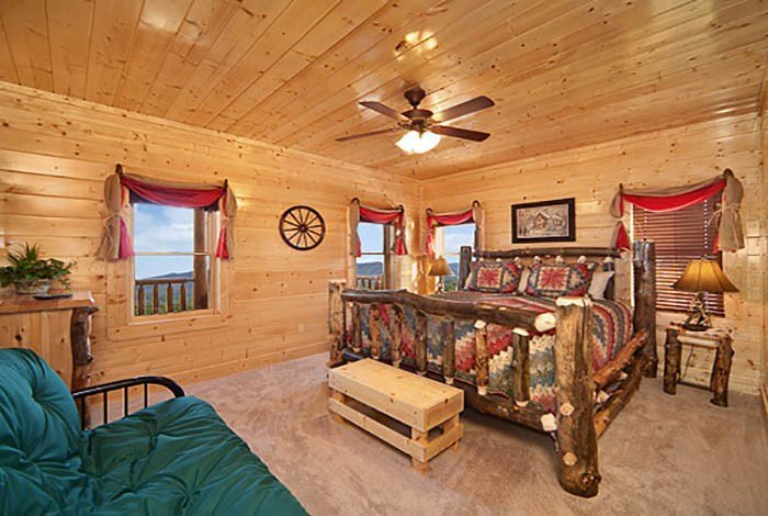 Best Pigeon Forge Cabin Legacy Lodge 12 Bedroom Sleeps 58 With Pictures