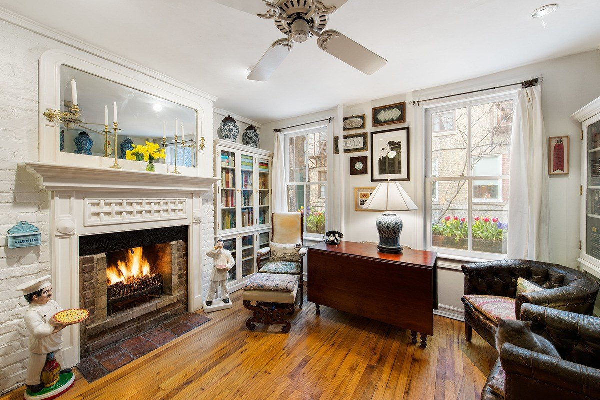 Best Charming Back House Apartment Is A Tiny Treasure In The With Pictures