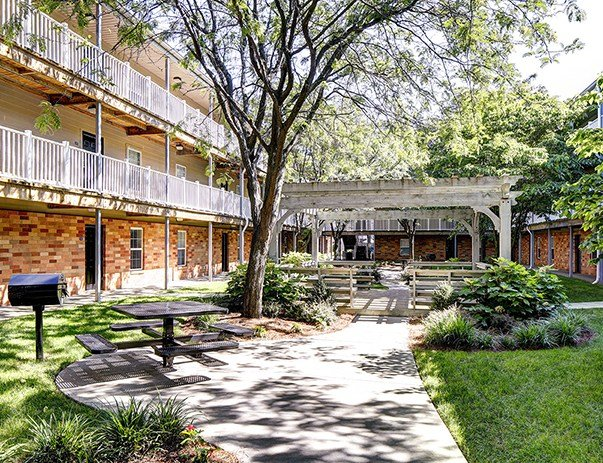 Best Royal Lexington 3 4 Br Apartments By Univ Of Kentucky With Pictures