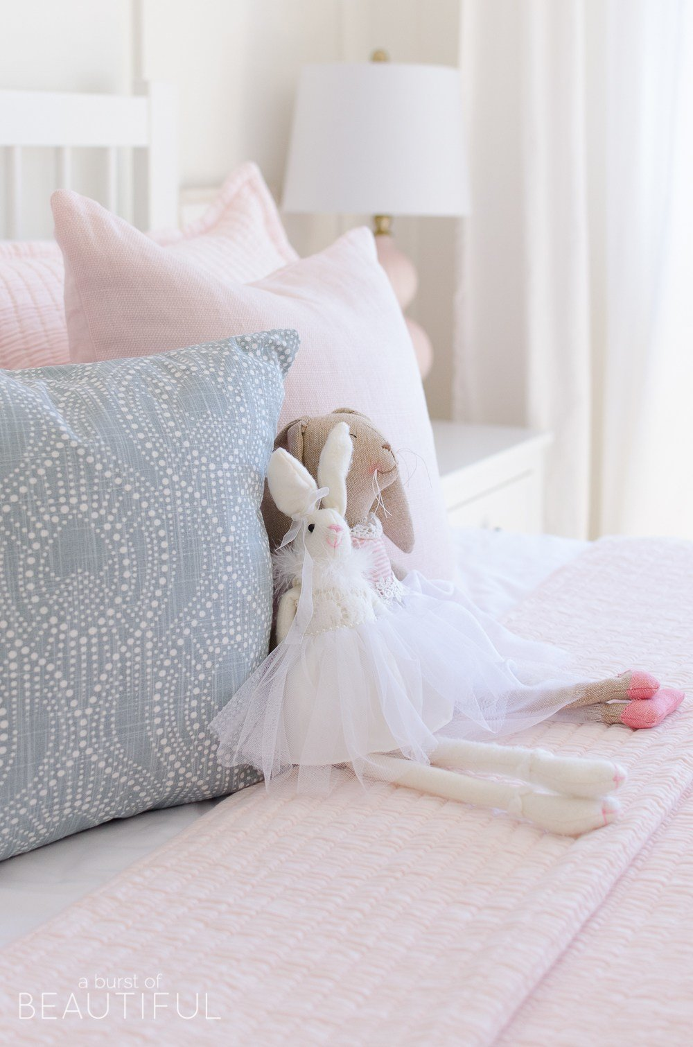 Best Sweet Pink And White Little Girl S Bedroom Toddler With Pictures