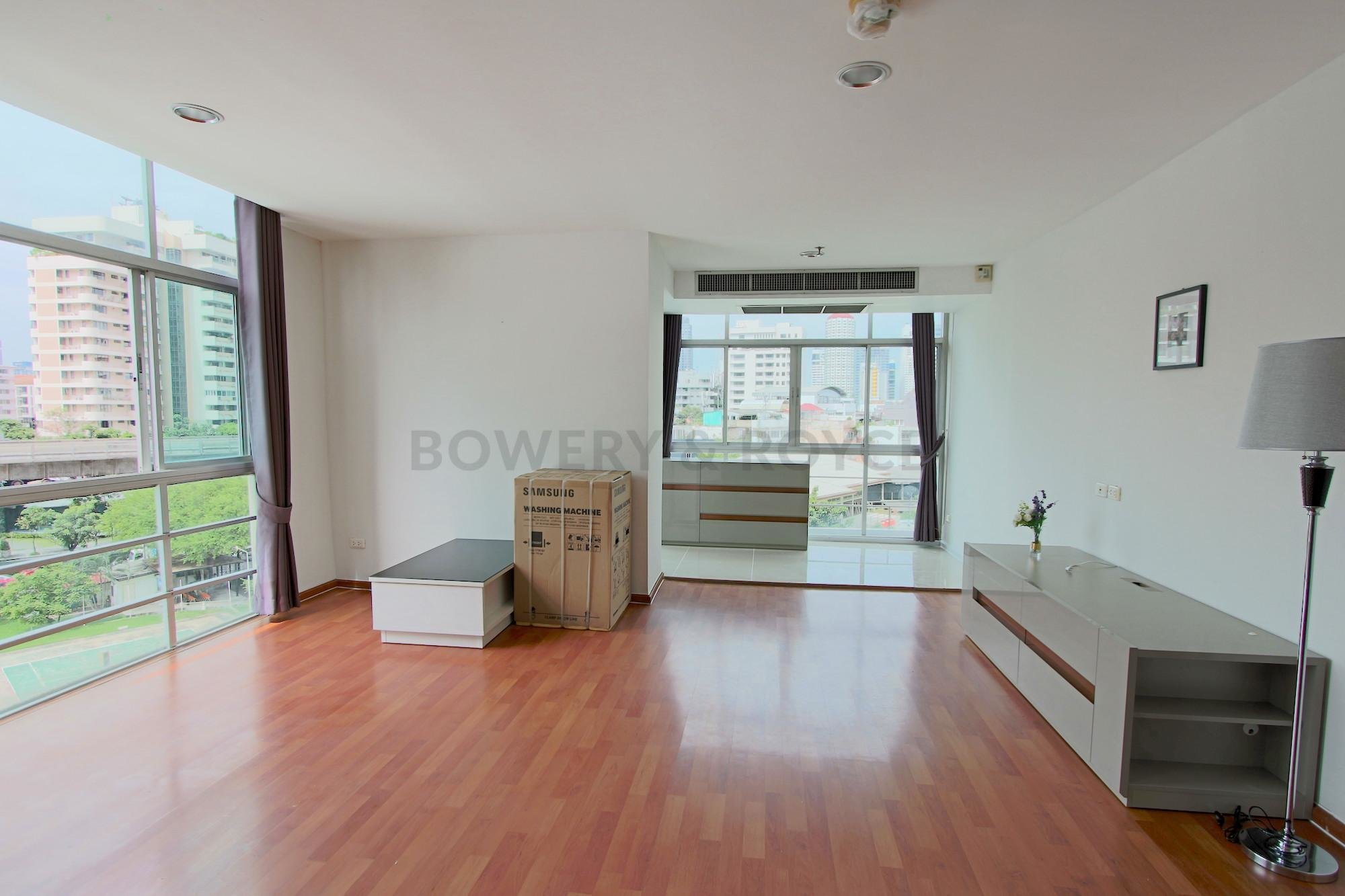 Best Large One Bedroom Condo For Rent In Phrom Phong Bowery With Pictures
