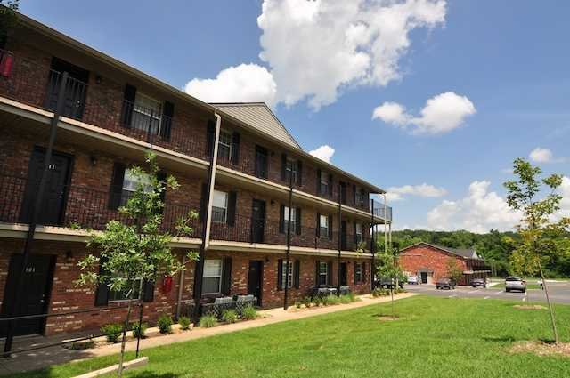 Best South Creekside Everyaptmapped Fayetteville Ar Apartments With Pictures
