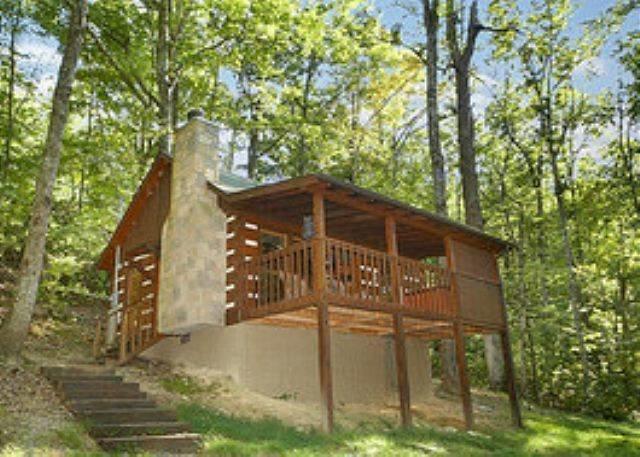 Best Bear Hugs Cabins In Sevierville Tn Great Cabins In With Pictures