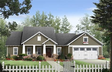 Best Craftsman House Plan 3 Bedrooms 2 Bath 1901 Sq Ft Plan With Pictures
