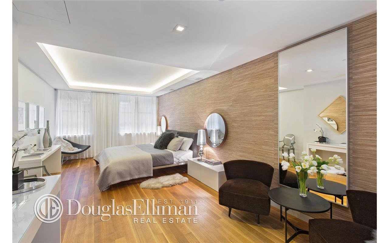 Best Paris Hilton Buys Nyc Apartment For 4 9M Ny Nesting News With Pictures