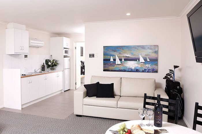 Best Swan Hill Apartment Accommodation At Murray Downs Resort Deluxe 1 Bedroom Apartments With Pictures