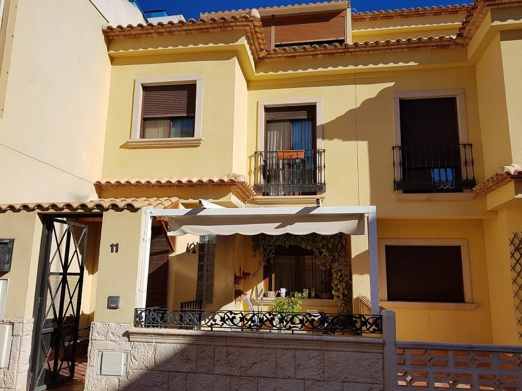 Best 4 Bedroom 3 Bathroom Townhouse In Monovar With Pictures