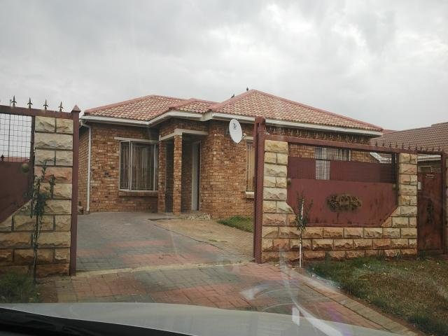 Best 3 Bedroom House For Sale For Sale In Bloemfontein With Pictures