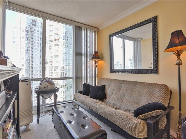 Best 2 Bedroom Condo For Sale In Marinaside Crescent Yaletown With Pictures