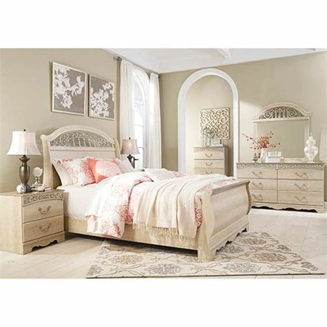 Best Rent An Ashley Catalina 7 Piece Queen Bedroom Set With Pictures