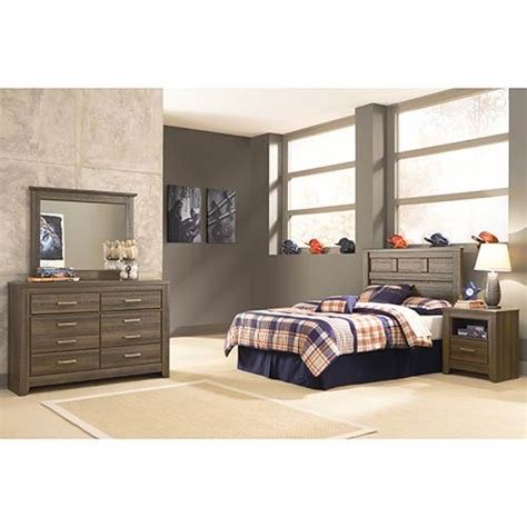 Best Rent Signature Design By Ashley Juararo 4 Piece Full Bedroom Set With Pictures