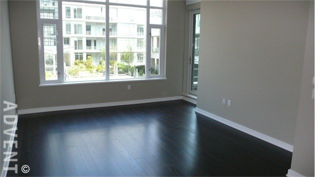 Best Kayak 1 Bedroom Apartment Rental Olympic Village Vancouver With Pictures