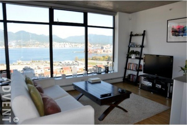 Best Woodwards 2 Bedroom Apartment Rental Gastown Vancouver Advent With Pictures