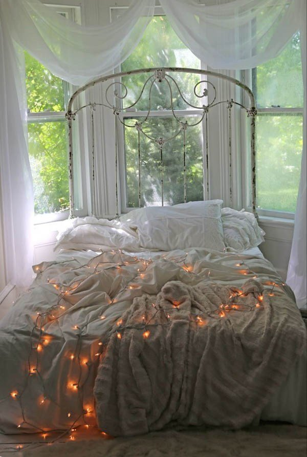 Best 25 Bedroom Christmas Decorations Ideas Magment With Pictures