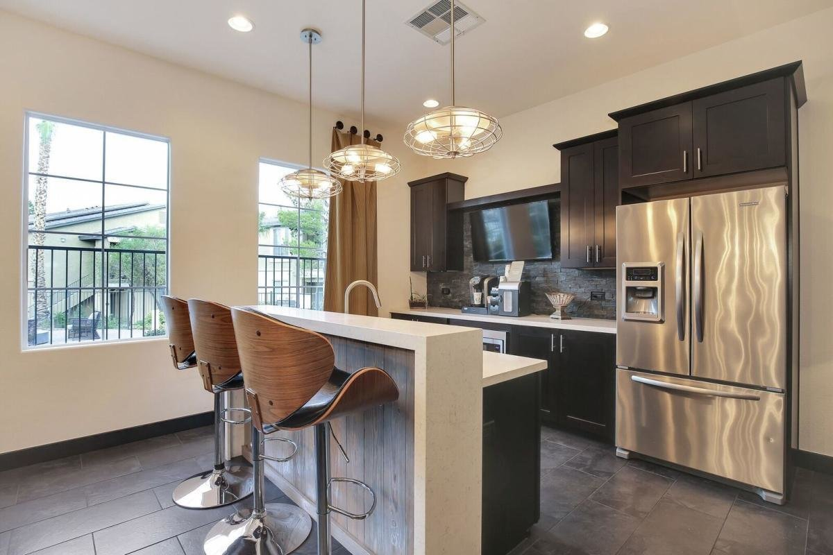 Best 2 Bedroom Apartments Las Vegas Options To Consider M K H With Pictures