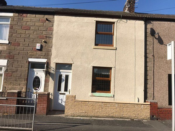 Best 3 Bedroom House For Rent In Preston Old Rd Marton With Pictures