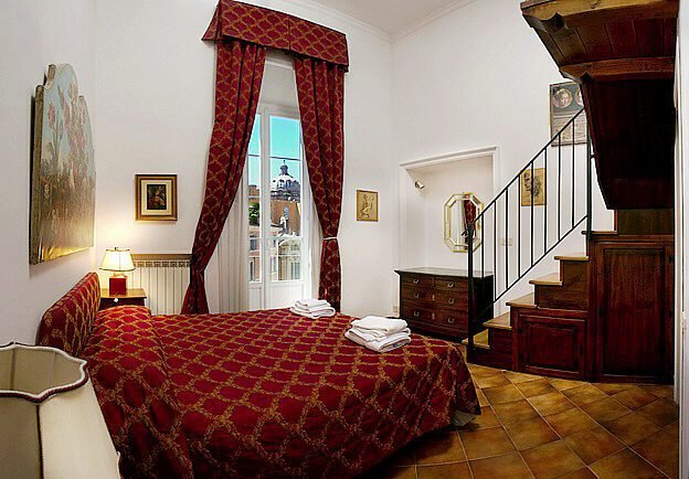 Best Rome Jewish Quarter Elegant Three Bedroom Apartment With With Pictures