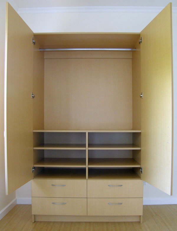 Best Brocktonplace Com Page 6 Modern Closet With Rubbermaid Configurations White Space Saving With Pictures