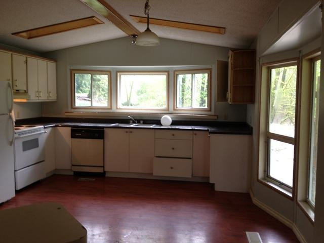 Best 2 Bedroom Mobile Home For Rent In Rosedale Chilliwack With Pictures