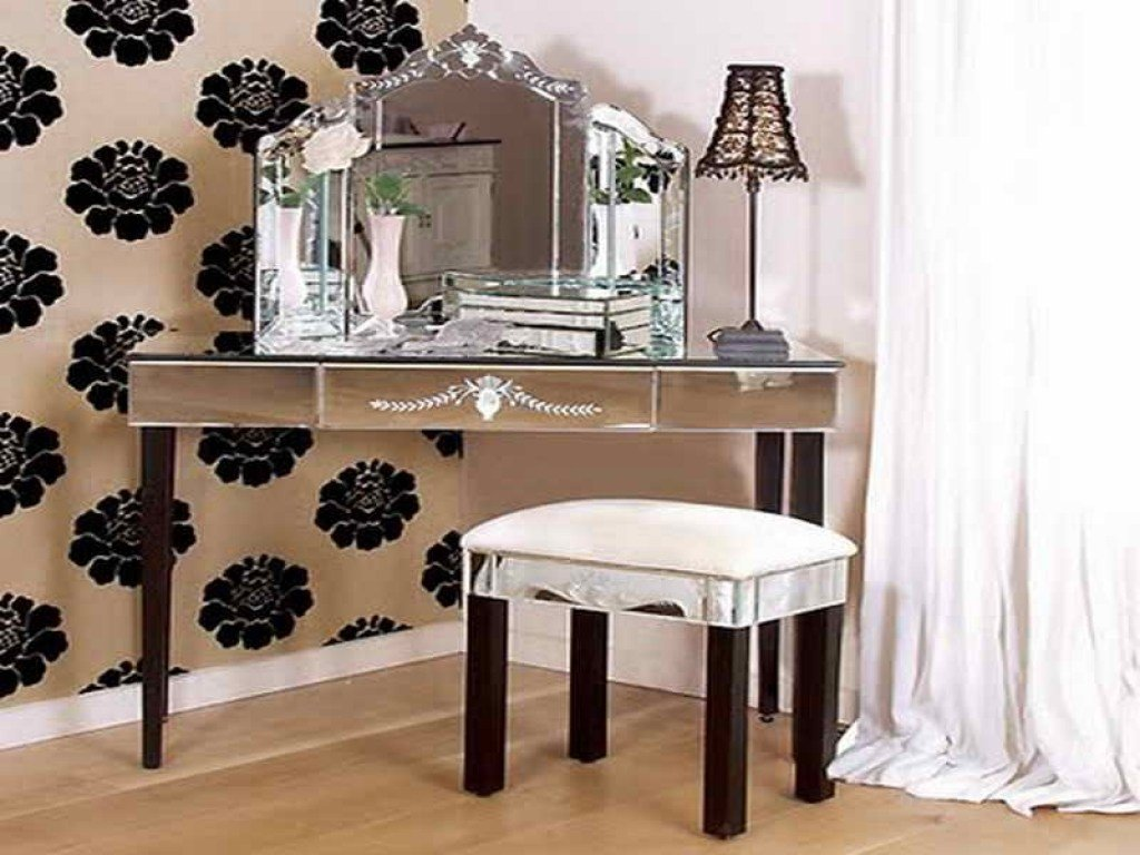 Best Corner Vanity Table With Mirror Shelby Knox With Pictures