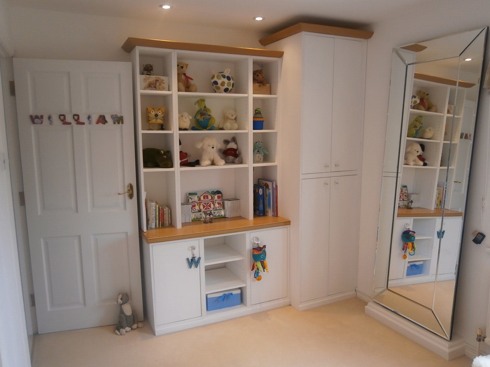 Best Bespoke Shelving London Bespoke Bookcases And With Pictures